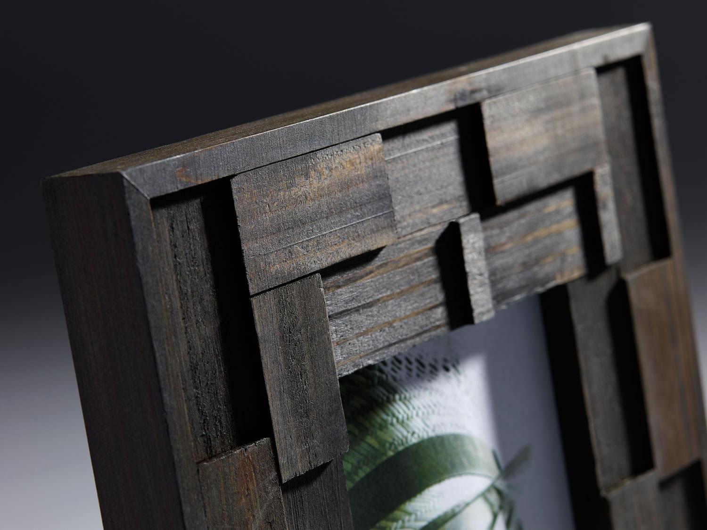 holz fotorahmen liam nussbaum bilderrahmen. Black Bedroom Furniture Sets. Home Design Ideas